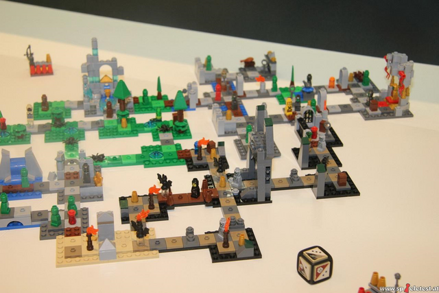 File:Toy Fair 2011 Heroica setup 1.png