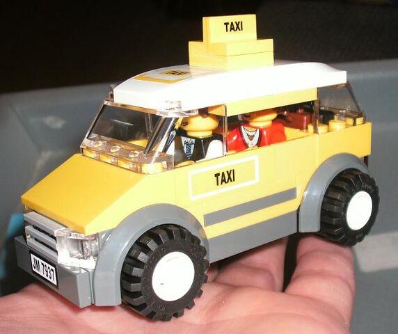 File:7937 Taxi.jpg