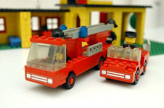 File:374 Fire Station 5.jpg