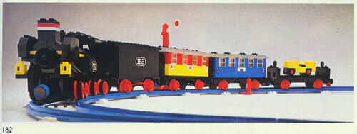 File:182-Train Set with Signal.jpg