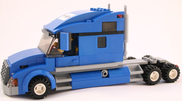 File:7848 Zugmaschine.jpg