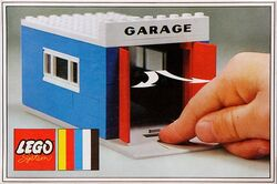 348-Garage with Automatic Doors