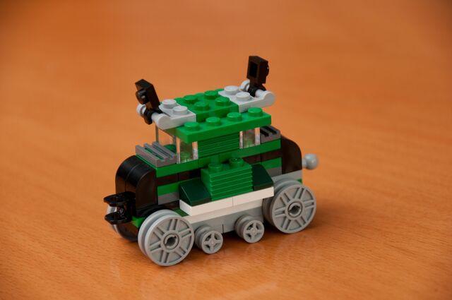File:4837 Train 2.jpg