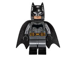 Lego-Superman-v-Batman-76046-Heroes-of-Justice-Sky-High-Battle-Set-Batman-Minifigure