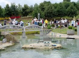 File:Lego Saltash Girder Bridge.jpg