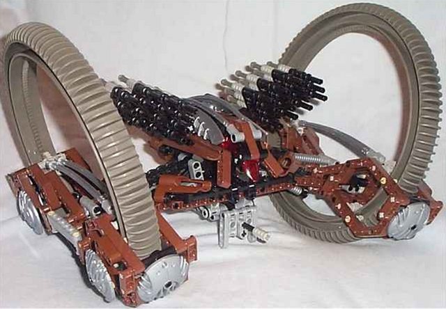 File:4481 Hailfire Droid.png