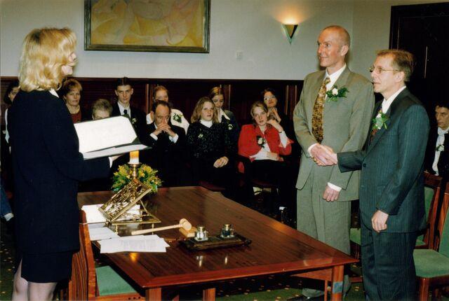 File:Weddinginholland.jpg