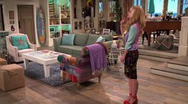 Liv in Dena's Living Room
