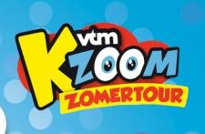 File:Logo vtmKzoom Zomertour.jpg