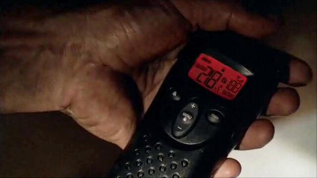 Archivo:Paulo walkie.jpg