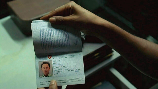 File:4x03 Ben passport.jpg