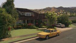 4x04 Kates house.jpg