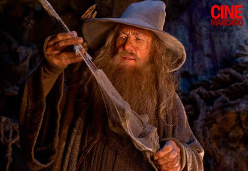 File:Gandalf and glamdring.jpg