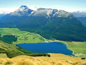 Diamond-lake paradise new-zealand
