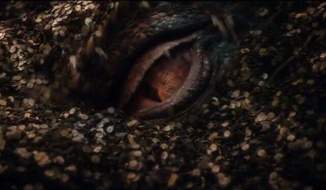 File:The-Hobbit-Smaug-Eye.jpg