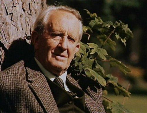 File:J.R.R. Tolkien.jpg