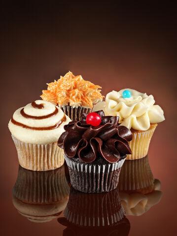 File:Cinnabon-Cupcakes.jpg