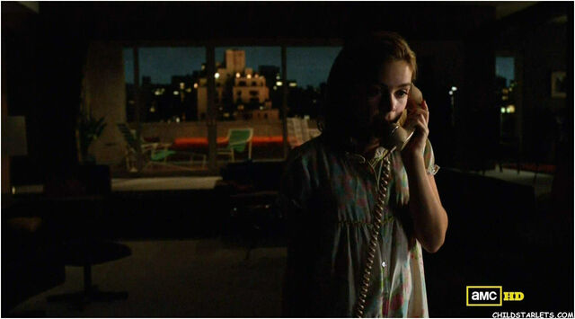 File:Sally on the phone to greg.jpg