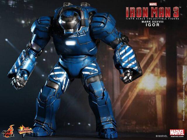 File:Hot Toys MK 38.jpg