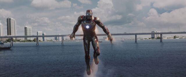 File:Iron Man 3 01629.jpg
