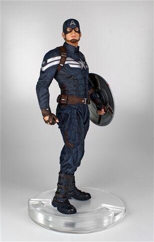 File:Cap statue 3.jpg