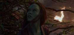 Gamora-saved-by-Groot