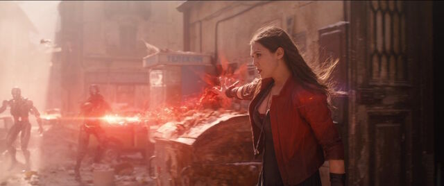 File:Scarlet-Witch-returns-to-battle-AAoU.jpg