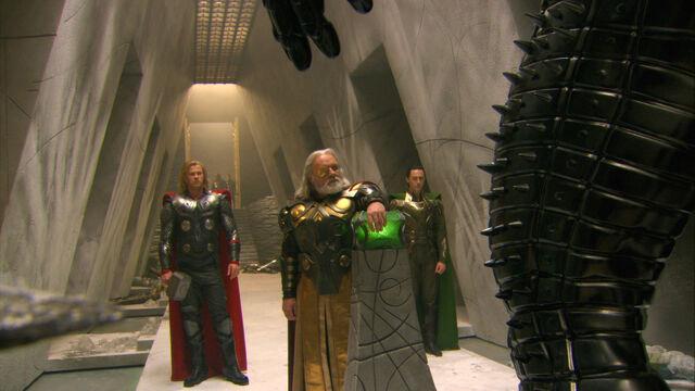 File:Filiming Thor on set 6.jpg