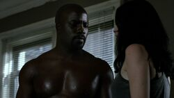 LukeCage-Shirtless-JJ