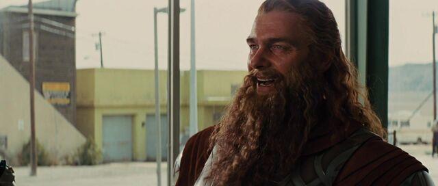 File:Volstagg-speaks-to-Thor.jpg