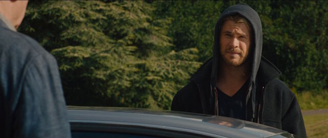 File:Thor-disguise-Hoody-AAoU.jpg