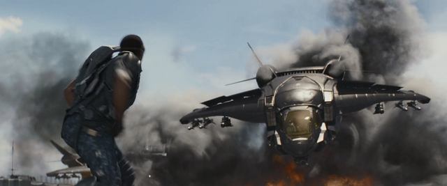File:Falcon vs Quinjet.png