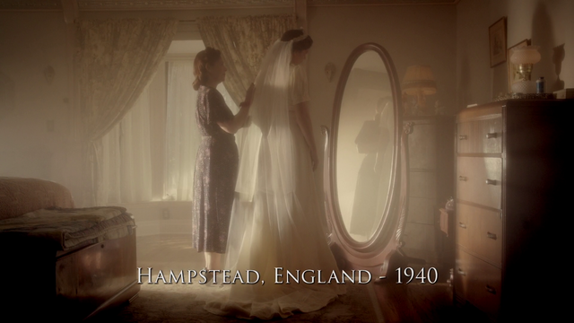 File:Hampstead, England - 1940 (Peggy's Wedding Dress).png