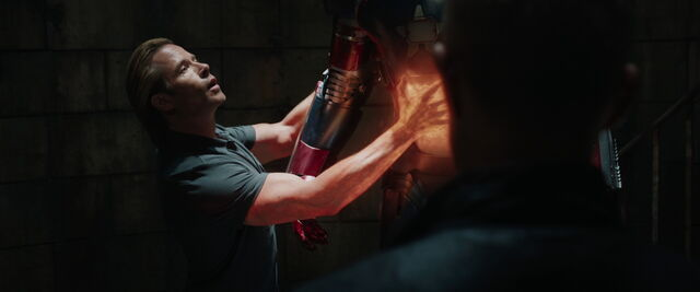 File:Iron-man3-movie-screencaps.com-10033.jpg
