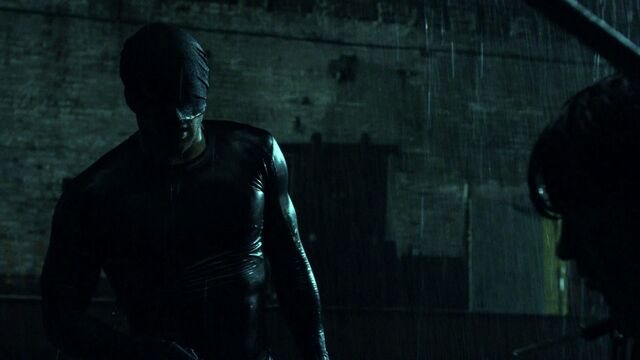 File:Daredevil-after-fight-rain-S1E1.jpg