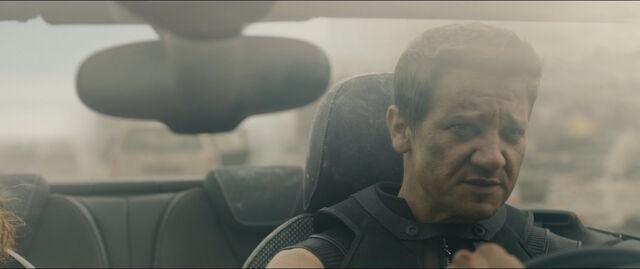 File:Hawkeye-driving-car-AAoU.jpg
