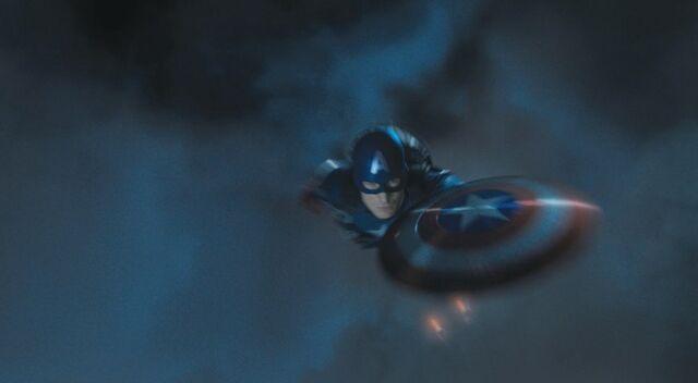 File:Captain-america-chris-evans-in-the-avengers.jpg