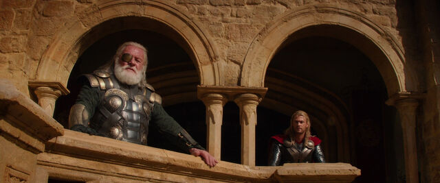 File:Thor-dark-world-movie-screencaps com-1180.jpg