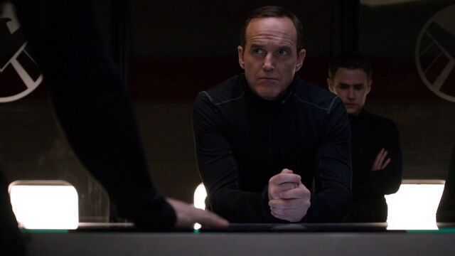 File:Phil-Coulson-Planning-Mission-Bus-S2E19.jpg