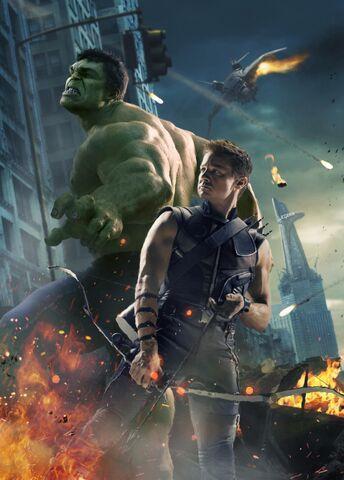 File:Avengers Hulk hawkeye.jpg