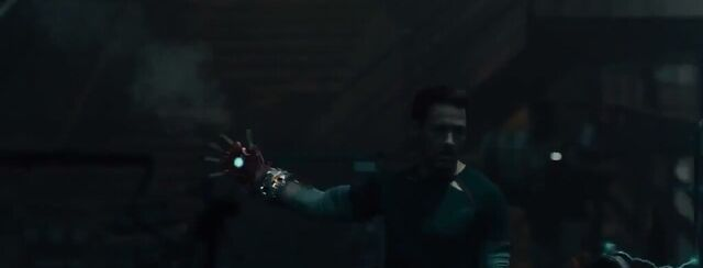 File:Avengers Age of Ultron 161.JPG