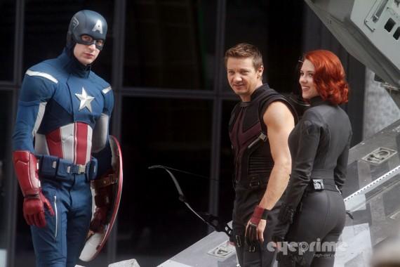 File:Avengers-nyc2-570x380.jpg
