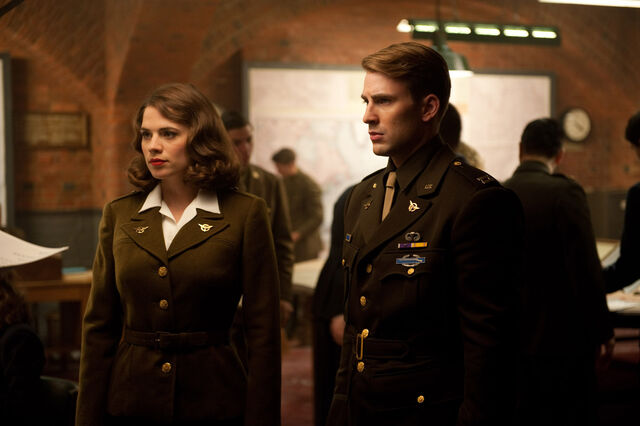 File:Peggy Carter and Steve Rogers.jpg