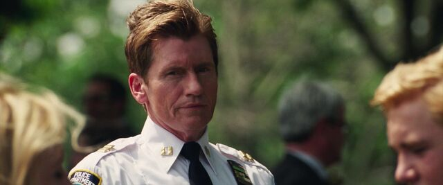 File:George Stacy in The Amazing Spider-Man 2.jpg