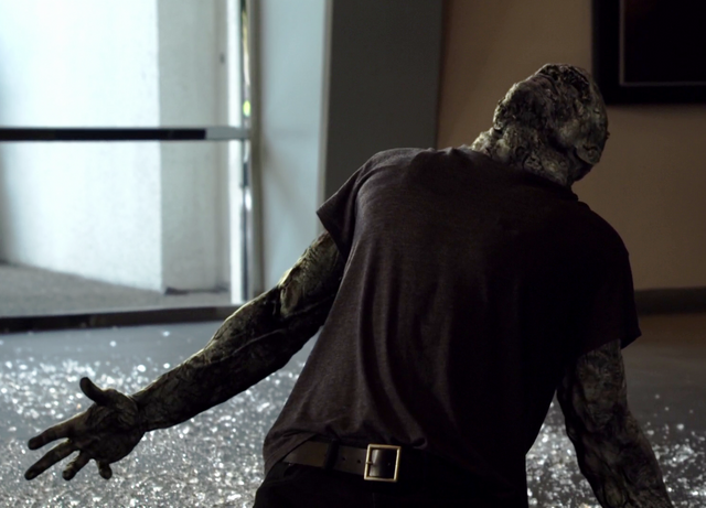 File:Agents of SHIELD S02E02 Heavy is the Head 04.png