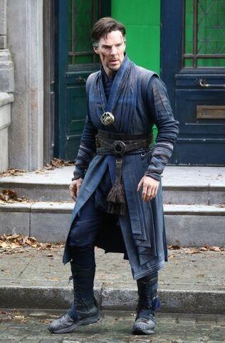 File:Doctor Strange Filming 65.jpg