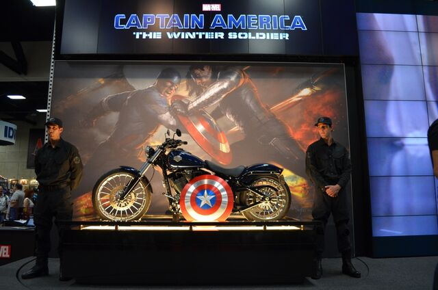 File:Captain-america-motorcycle-marvel-booth.jpg..jpeg