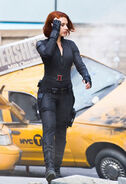 Black-widow-avengers-007
