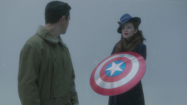 File:PeggyCap'sShield.png