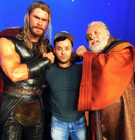 File:Thor - Ragnarok - Set - September 1 2016 - 2.jpg